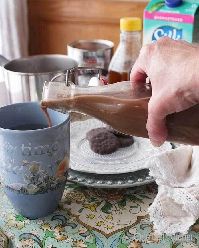 coffee creamer and coffee