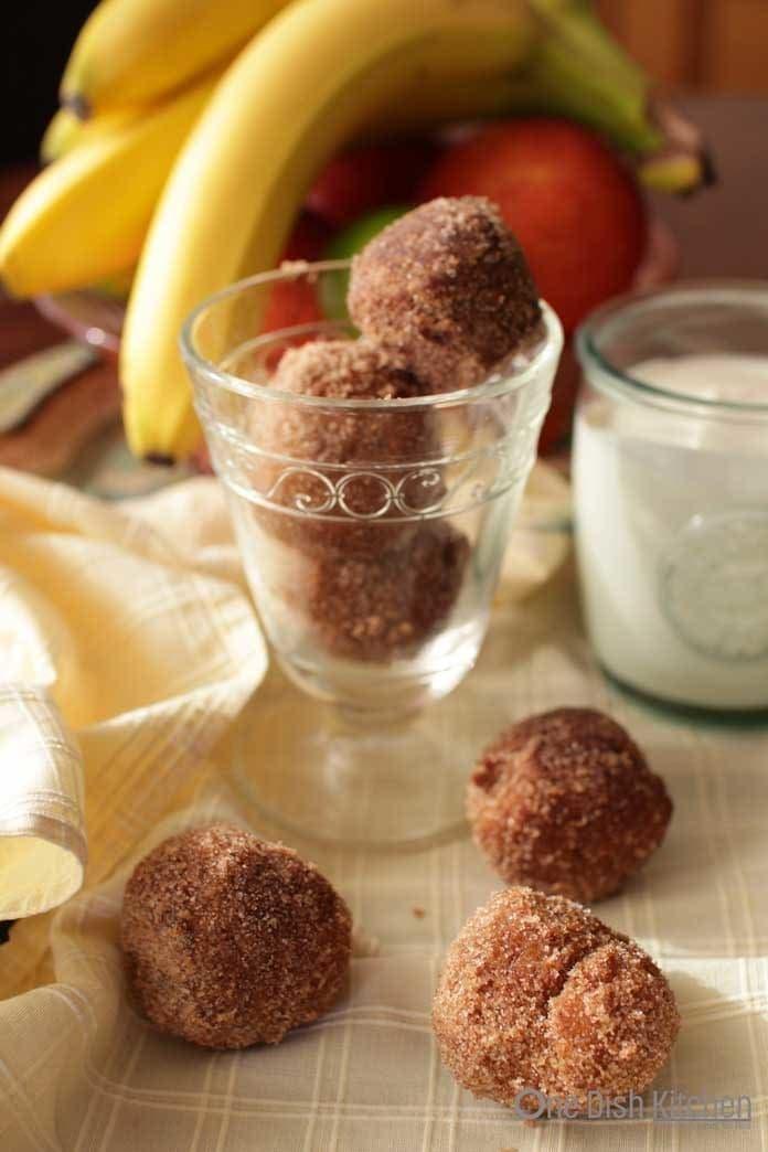 Cinnamon Sugar Donut Holes | One Dish Kitchen