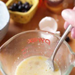 mixing liquid in measuring cup