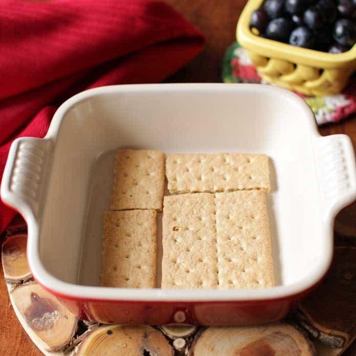 graham crakers in baking pan